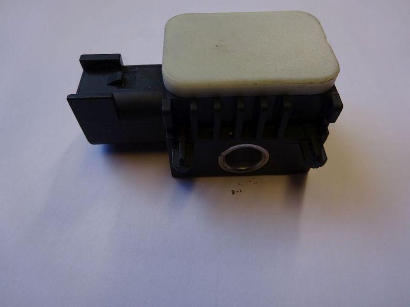 Airbagsensor links vorn Crashsebsor  BoschFORD MONDEO IV TURNIER (BA7) 2.0 TDCI