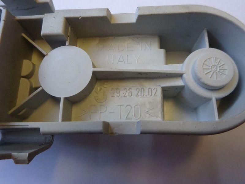 Lampenträger Heckleuchte links VOLVO V40 KOMBI (VW) 1.9 DI