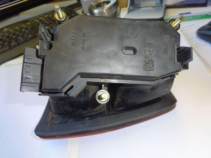 Rückleuchte links mit LampenträgerSEAT TOLEDO I (1L) 1.6I