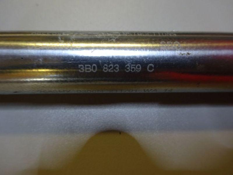 Sonstiges Teil Motorhaubendämpfer  3B0823359CVW PASSAT VARIANT (3B6) 1.8 T 20V