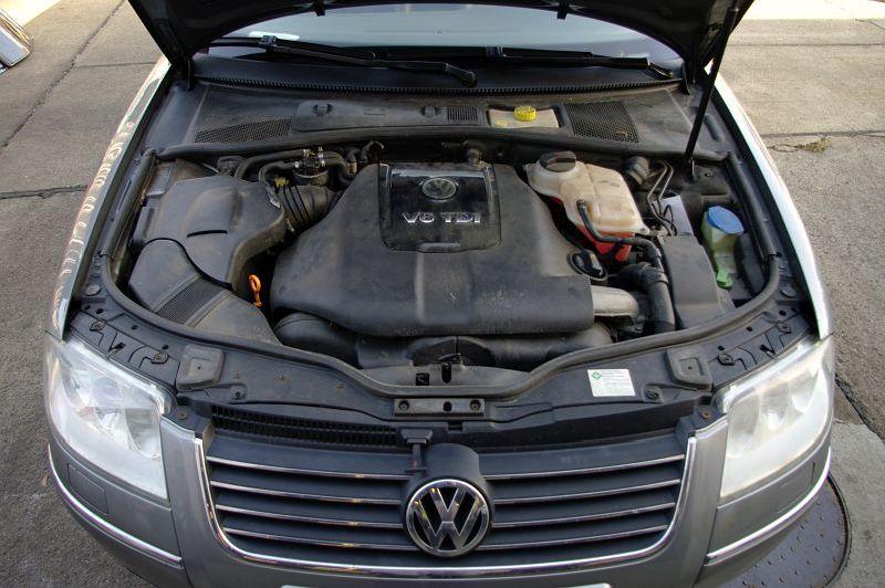 VW PASSAT VARIANT (3B6) 2.5 TDI