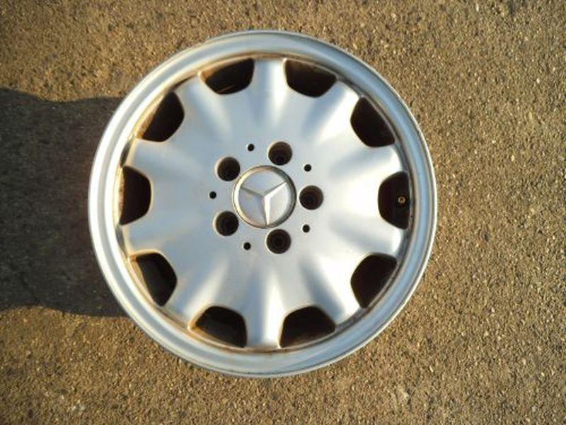 Aluminiumfelge 7JX15 H2 ET37 LK5X0